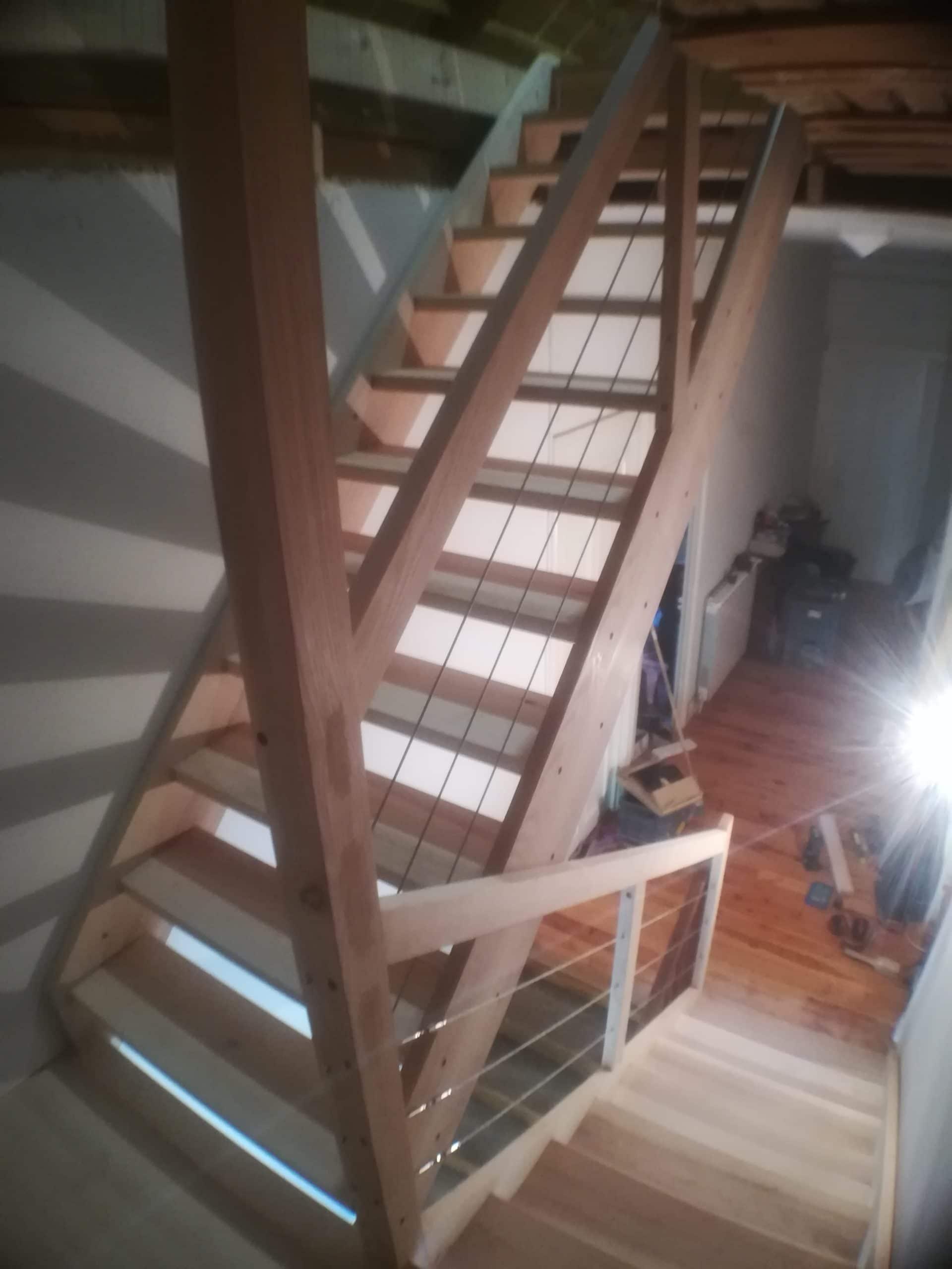 escalier volées droites palier câbles acier