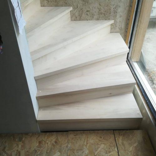 escalier deux quart tournant érable