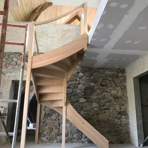 escalier chêne massif limon contre-marches