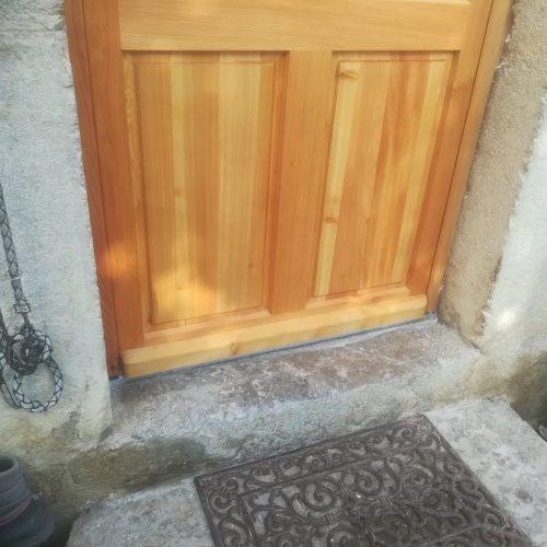 porte d'entrée ancienne mélèze