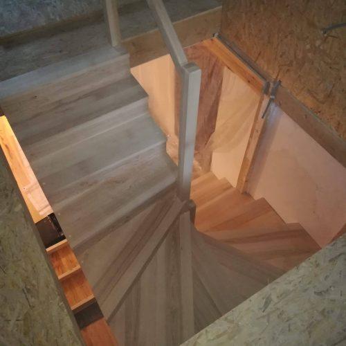 escalier demi-tour crémaillère contre-marche